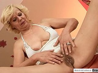 Hairy Grandma cunt fucked deep and fast