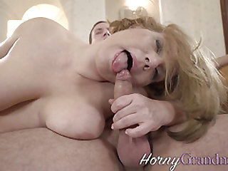 Mature hoe mouth jizzed