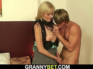 Sexy granny games with slim old escort