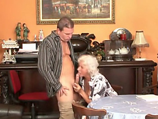 Bbeater2 granny receives stuffed